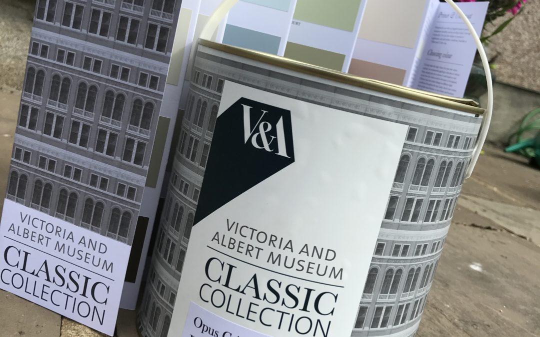 Victoria & Albert Museum Acrylic Eggshell review