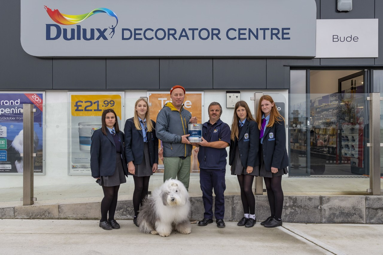 Dulux Decorator Centre keeps community at its heart