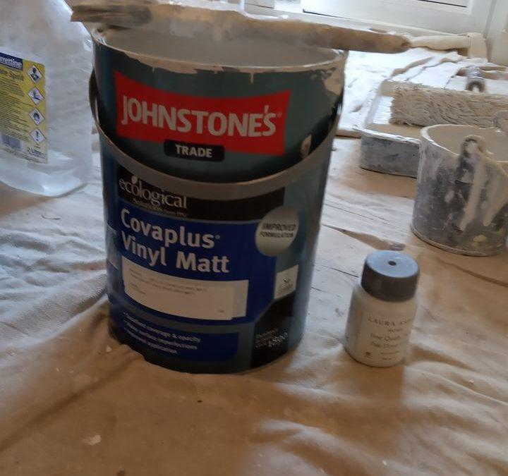 Johnstone's Covaplus Vinyl Matt Review plus the best place to buy Johnstone's paint