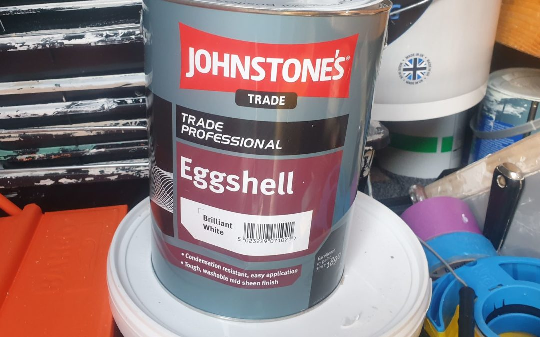 Johnstone's oil-based eggshell review, an interior low sheen woodwork product