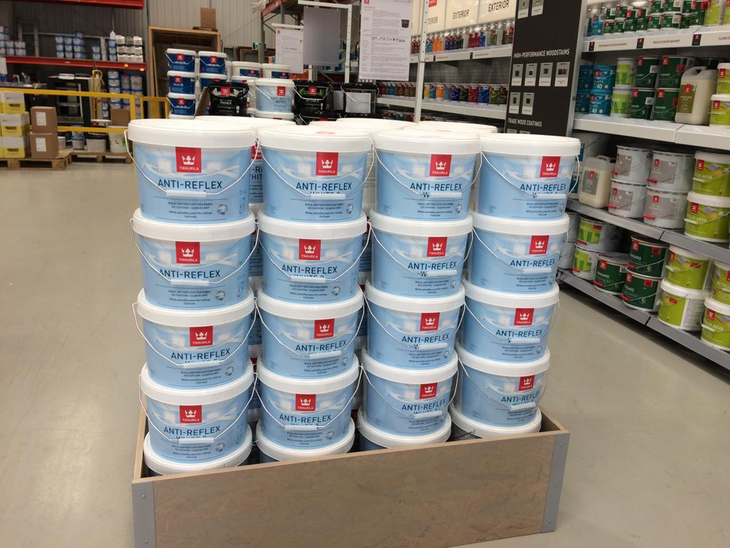 Tikkurila Anti-Reflex 2 review - a dull white emulsion for ceilings